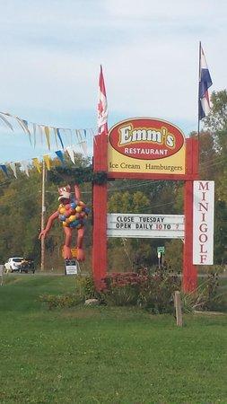 Emm's Restaurant