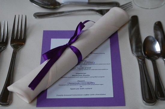BEST WESTERN Limpley Stoke Hotel: Wedding Place Setting