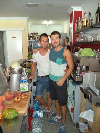 Cafe Duo: Markus en zijn vriend