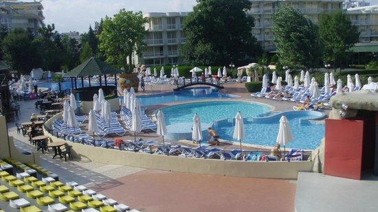 Club Calimera Sunny Beach: Der Aktivpool+ Hotel Rodopi