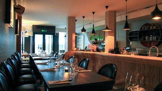 l 39 atelier des artistes paris bastille oberkampf restaurant avis num ro de t l phone. Black Bedroom Furniture Sets. Home Design Ideas