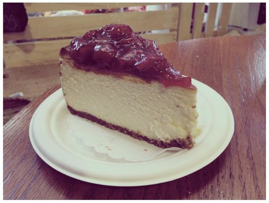 Two Little Red Hens: Cheese cake US$5