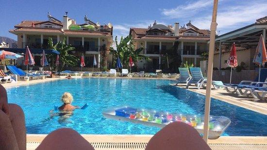 Kaan Hotel: Pool