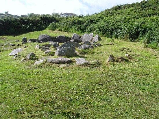 Drombeg Stone Circle: Settlement 2500 BC
