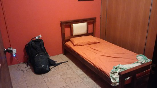 Le Nomade Hostel: Single room