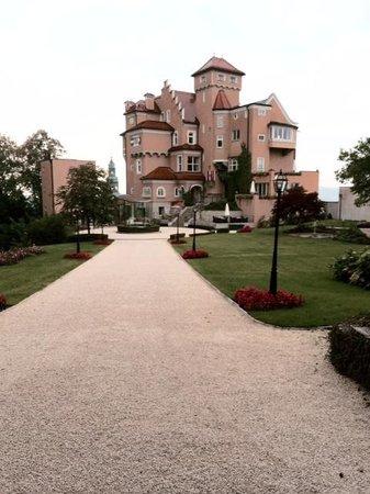 Hotel Schloss Mönchstein: Schloss Monstein