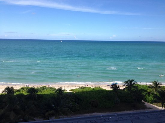Design Suites Miami Beach: Vista do quarto 727
