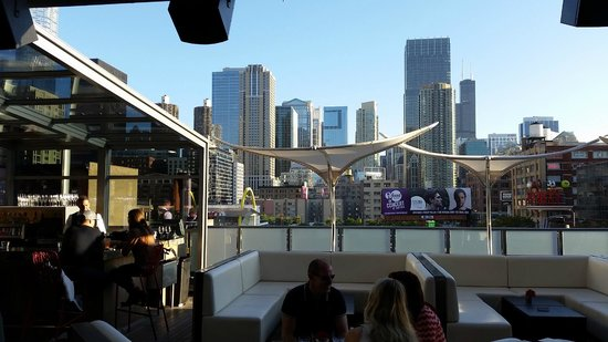 The Godfrey Hotel Chicago: Rooftop Bar Area