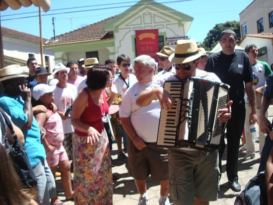 Sao Tiago, MG: Música, Conjunto regional