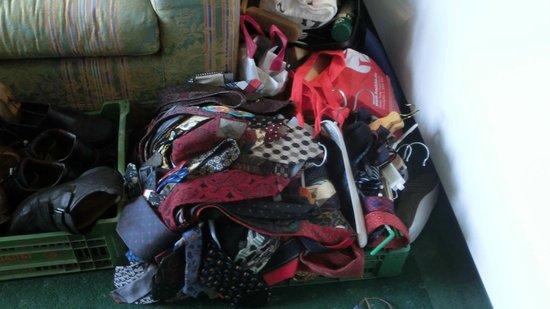 Amerika-Holzer am See: unser Zimmer als Zwischenlager