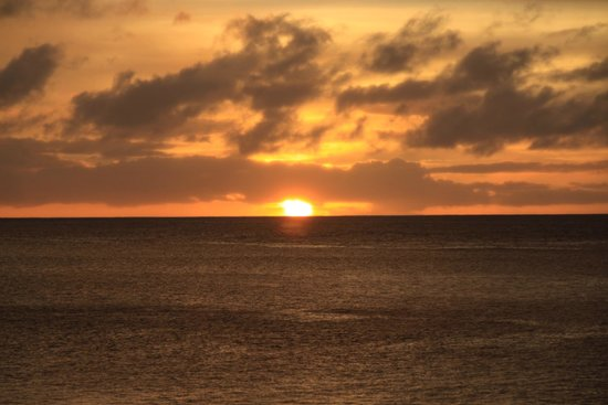 Hale Napili: Sunset from the beach