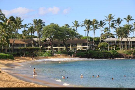 Hale Napili: Hotel beach