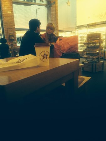 Pret a Manger: coffee great..