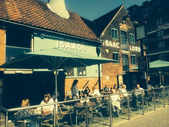 Issacs on the Quay: Love It !
