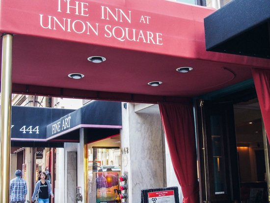 The Inn at Union Square: The entrance canopy