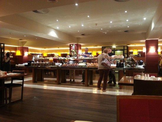 K+K Hotel Maria Theresia: Breakfast buffet