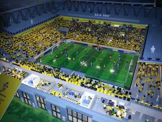 LEGOLAND Discovery Centre: Stadion im Miniland