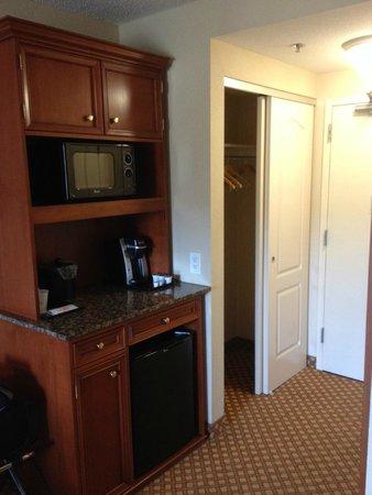 hilton garden inn grand forks und kuerig microwave refrigerator - Hilton Garden Inn Grand Forks