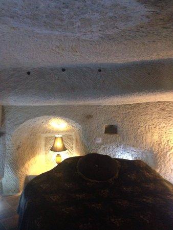 Perimasali Cave Hotel - Cappadocia: 素敵な内装でした。ジャグジーもありゆったりできます!