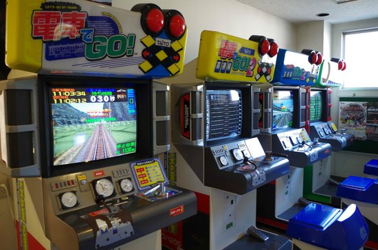 Usui Toge Railroad Cultural Village: 電車でGO!が健在