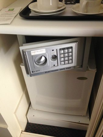 The Victoria Hotel: The safe that never worked