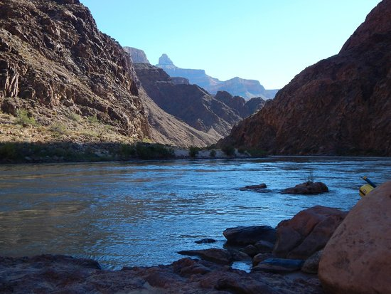 Four Season Guides - Day Hikes: Colorado River in Grand Canyon