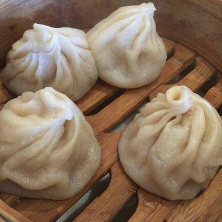 Juicy pork dumping (XLB) - Picture of Capital Noodle Bar