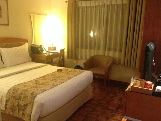 City Garden Hotel Makati : superior room
