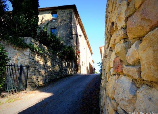 Borgo di Celle: Strada del Borgo