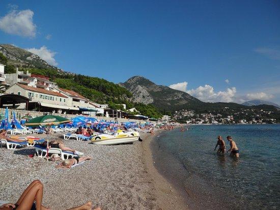 Sutomore Beach