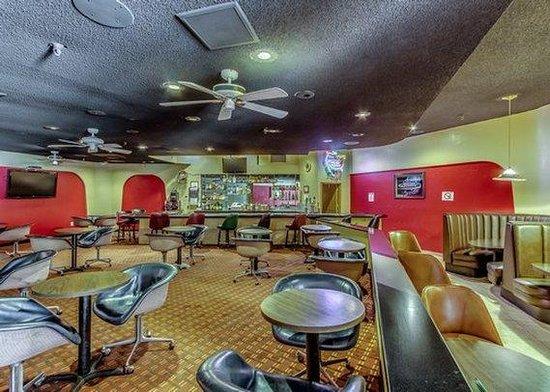 Quality Hotel Americana Nogales: Bar