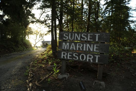 Sunset Marine Resort : Entrance
