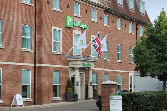 holiday inn express london heathrow t5 slough england. Black Bedroom Furniture Sets. Home Design Ideas