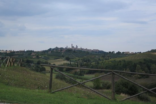 Agriturismo Poggiacolle: view of San Gimignano