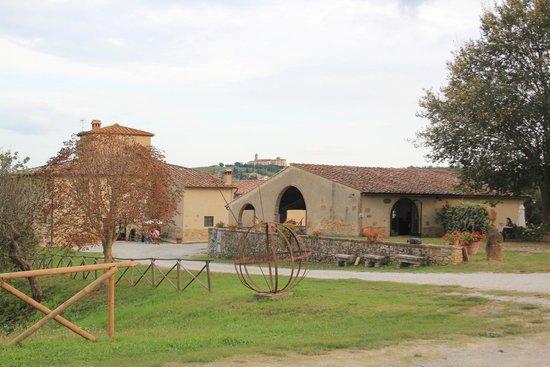 Agriturismo Poggiacolle: View of Agriturismo