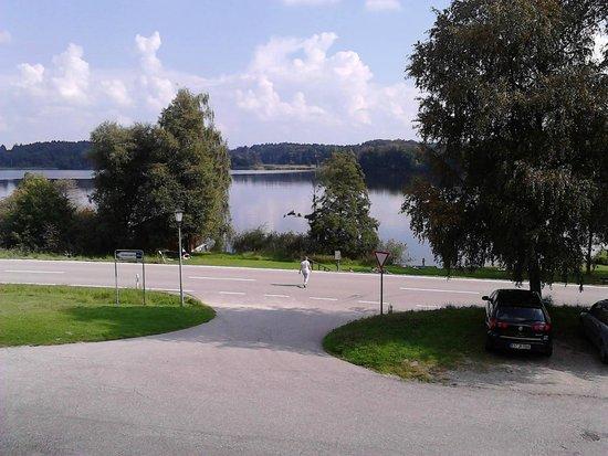 Hotel Seeblick: Blick vom Zimmer auf den See