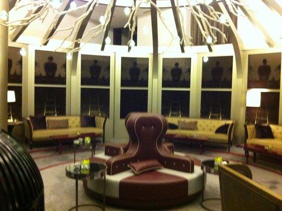 Gordon Ramsay at The St. Regis Doha: Opal lobby
