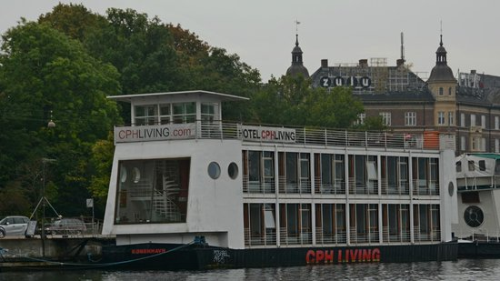 Hotel CPH Living: CPH Living from the canal tour