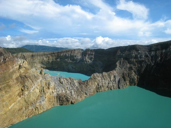 Flores, Indonesia: Kellimutu lakes, Indonesia