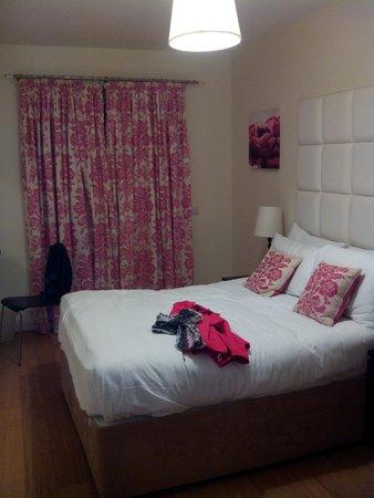 Jameson Court Apartments : Habitación