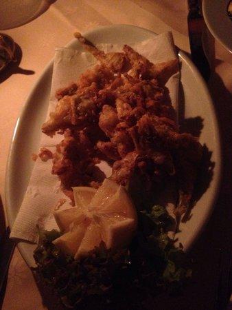 Ristorante La Giostra: Fried artichokes