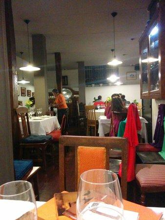 Restaurante Yerbabuena: Desde la esquina.
