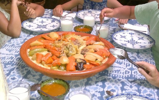 Marhbabikoum : Couscous