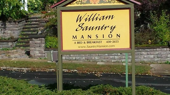 William Sauntry Mansion: Main Signage in Front
