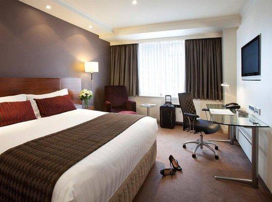 Rydges Melbourne Hotel: Deluxe Queen Room