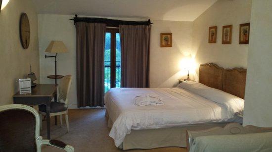 Chateau de la Begude : La chambre