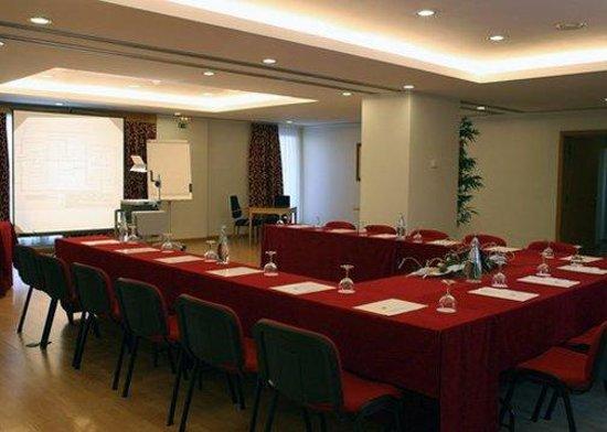 Quality Inn Portus Cale: Sala Reuni Es