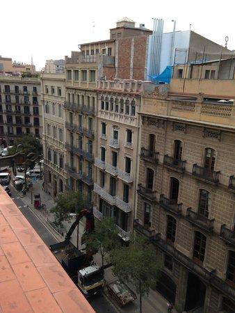 Hotel Roger De Lluria Barcelona: Looking southeast from my room's terrace