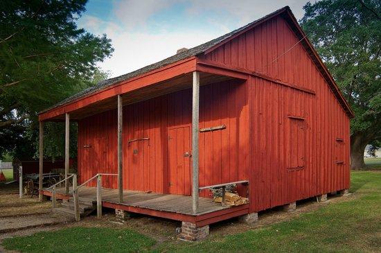 West Baton Rouge Museum: Allendale Plantation Slave Cabin c. 1850