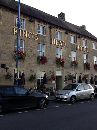 Kings Head Hotel Masham: Lovely hotel on the side of the market square